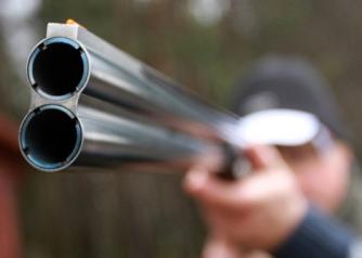 Колеги простреляха ловец при гонка на дива свиня в Боснек